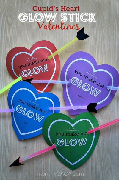 Homemade-Valentines-for-Kids-Cupids-Heart-Glow-Stick-Card
