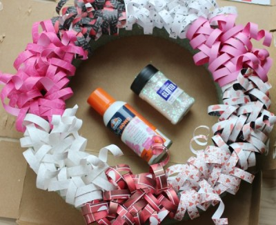 Valentines-Wreath-DIY by faithfullyfree