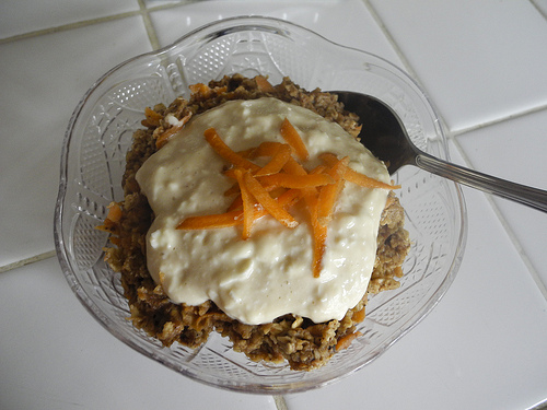 Carrot Cake Oatmeal with Quick Oats