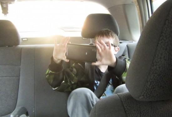 First Phones for Kids Maxoutoftax_12