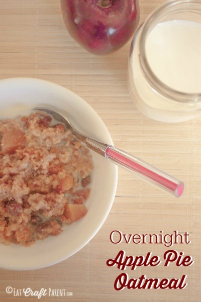 Overnight-Apple-Pie-Oatmeal