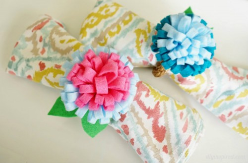DIY-Felt-Flower-Napkin-Rings