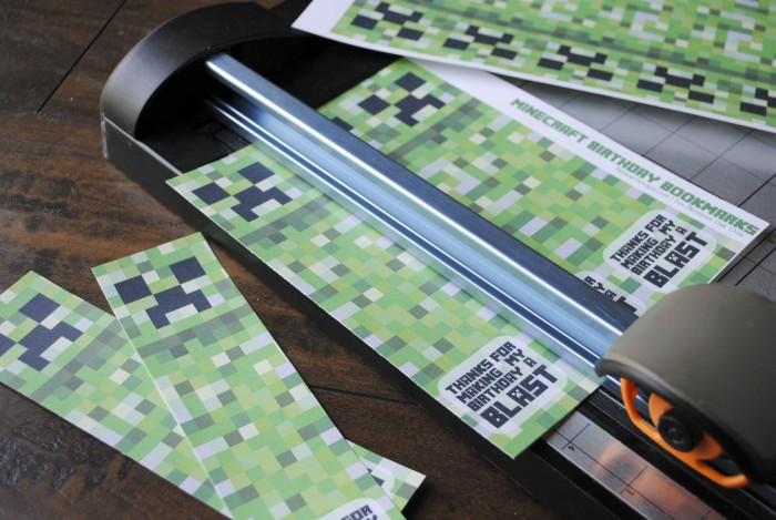 Free Printable Minecraft Birthday Bookmarks – Pepper Scraps